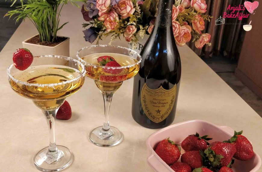 Strawberries & Wine: The perfect start to a romantic evening